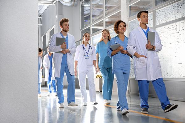 Branchenreport Medizin & Pflege