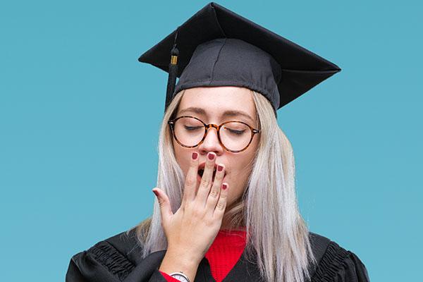 Immer weniger Studentinnen und Studenten planen einen Master